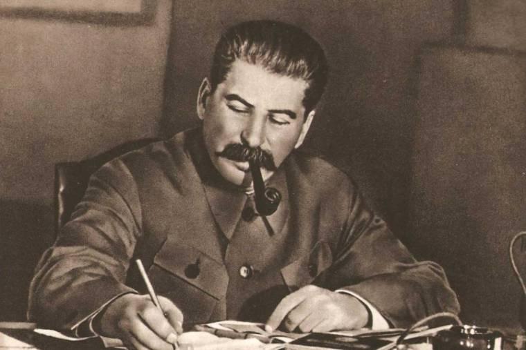 Тайна московского бункера Сталина: что скрывается за дверьми бомбоубежища вождя