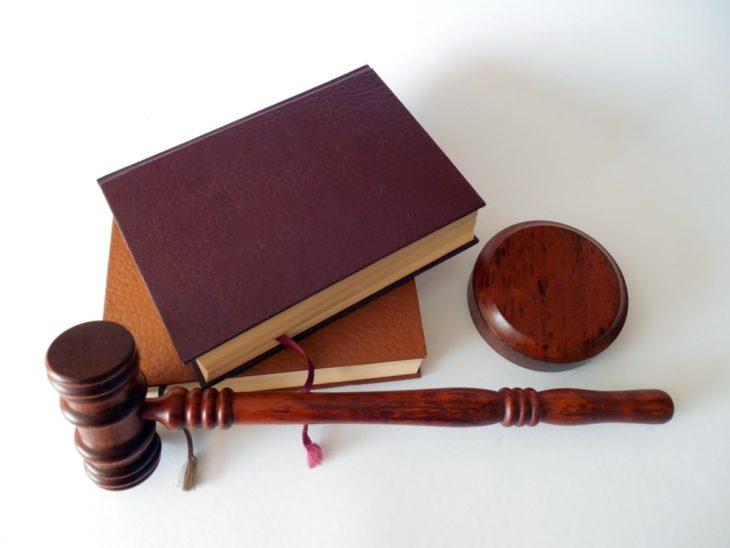 Абсурдные законы, которые действуют в разных странах мира