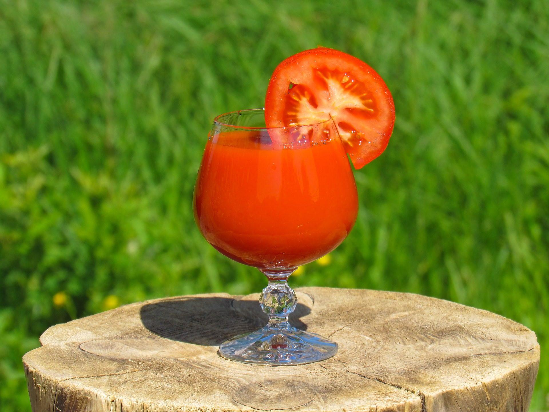 News Nation (Индия) напоминает о полезных свойствах томатного сока