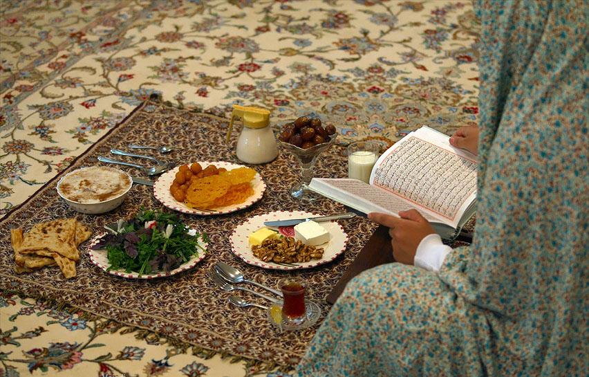 Во сколько можно есть в Рамадан в 2020 году, как правильно питаться чтобы не нарушить мусульманские правила
