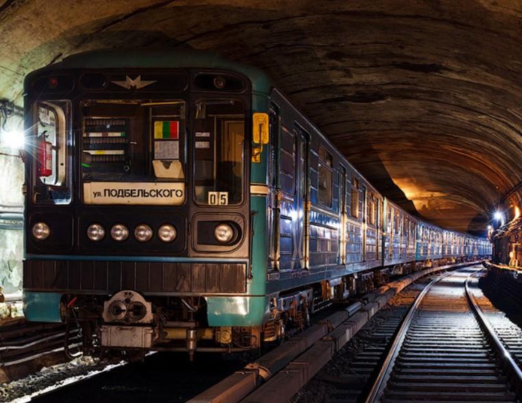 Чем заняться в метро: популярные народные хобби