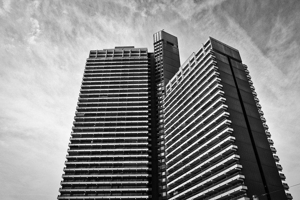 Почему в США нет многоэтажек как в СССР и почему проекты панельных застроек полностью провалились