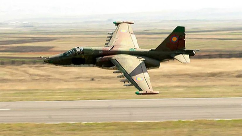 В Азербайджане заявили о сбитом Су-25 ВС Армении