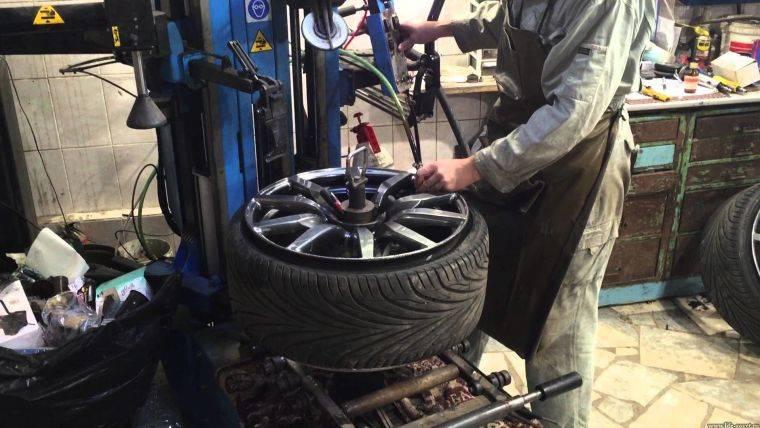 Водителям на заметку: как могут развести на шиномонтаже при смене шин в сезон