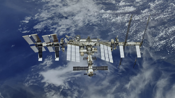 Ночью на МКС из-за сбоя в системе управления «Звезды» сработала сирена