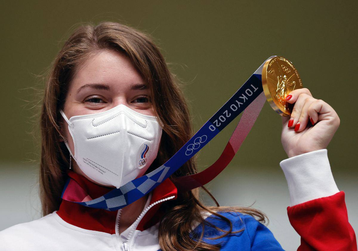 Виталина Бацарашкина принесла России первое золото на Олимпиаде. Фото ОКР